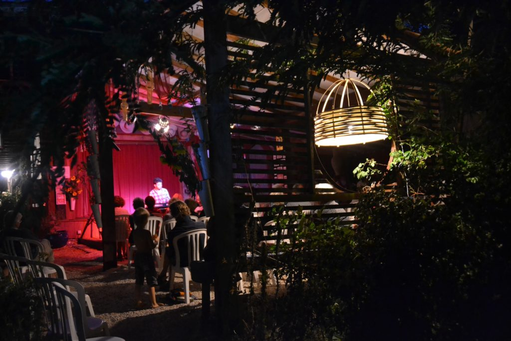 Abat jour en bambou en concert de jazz - Bambou Créations