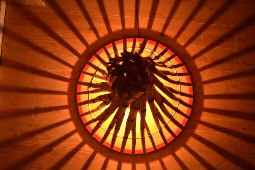 Luminaire Tipi en lamelles de bambou brutes INDOOR - Bambou Créations