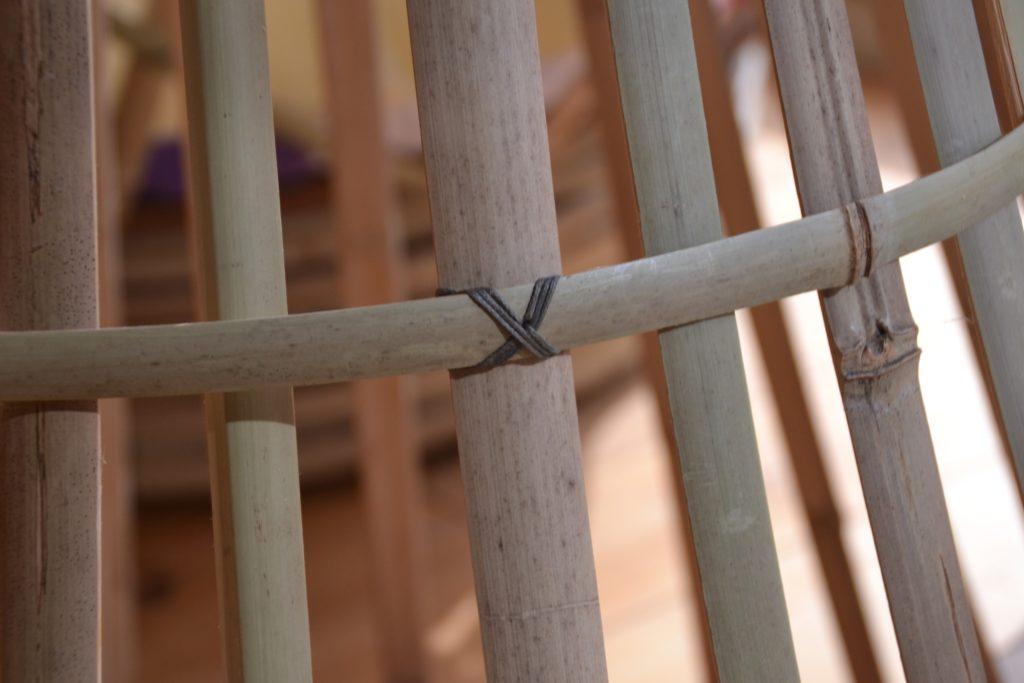 Luminaire tipi - nœud cousu en croix - bambou créations