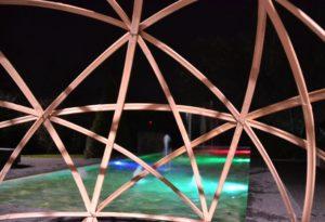 Cocon 5 étoiles au bord d'une piscine - Bambou Créations